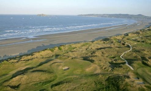 Dunas en el campo de golf de Portmanock Links en Irlanda