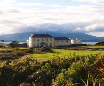 Clubhouse en el campo de golf de Waterville en Irlanda