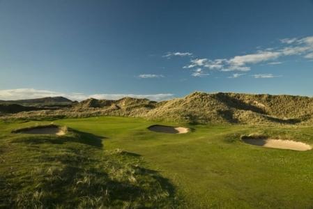 Bunker en el campo de golf de Rosapenna en Irlanda