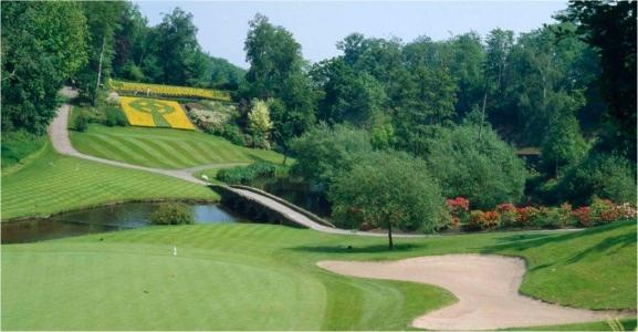 Fairway en el campo de golf de Portmarnock en Irlanda